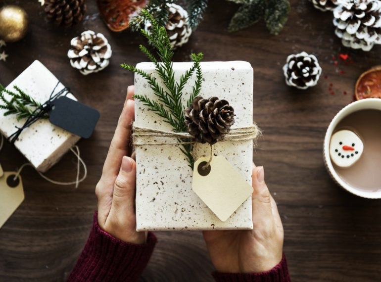 5 Crafty Coffee Gift Ideas that Cost Under $25 | Minas Espresso Inc.